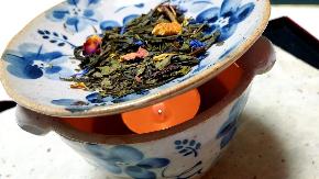 お香作りの他にもほうじ茶の作りも教えていただきました!